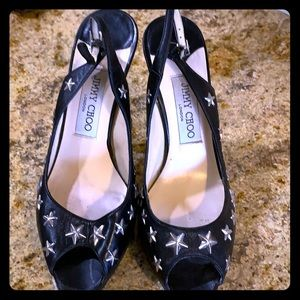 JIMMY CHOO BLACK LEATHER PUMPS WITH SILVER STARS